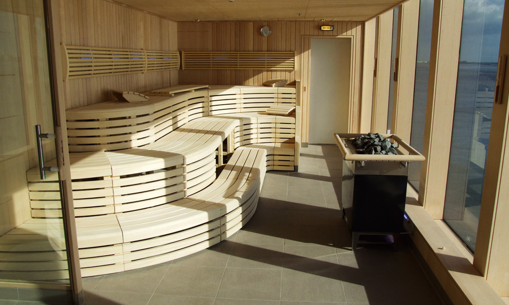 Meinschiff2_3_Saunabereich